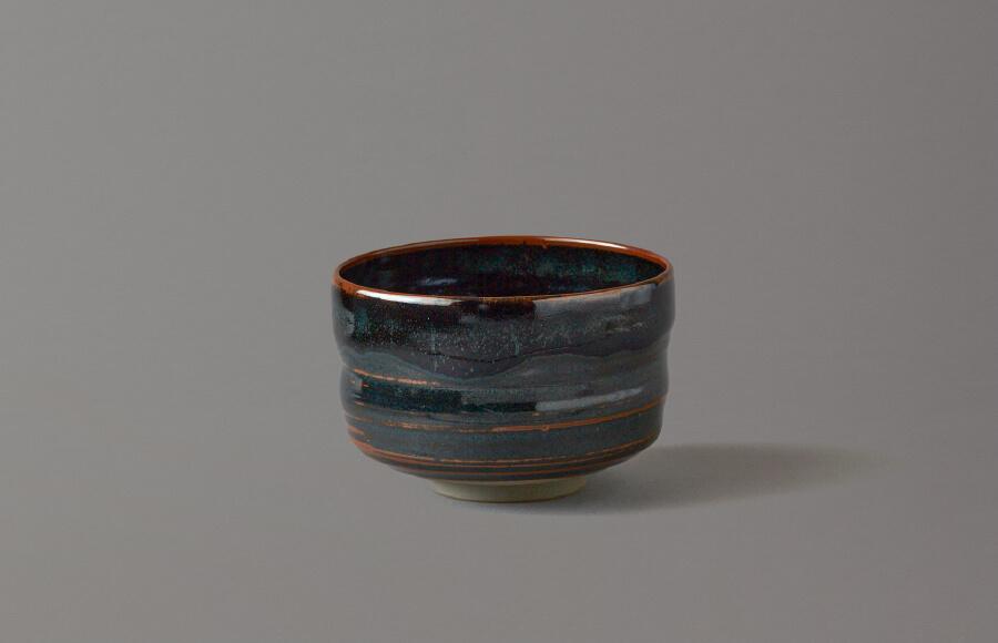 高取黒釉胴〆茶盌(黒釉)